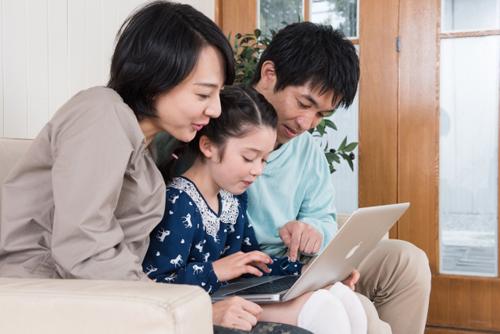 オンライン学習する親子